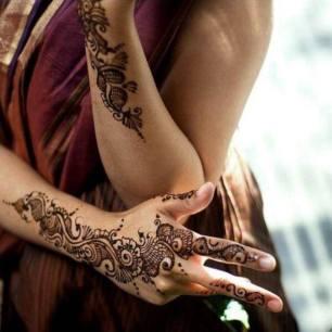 Henna by Vaishali